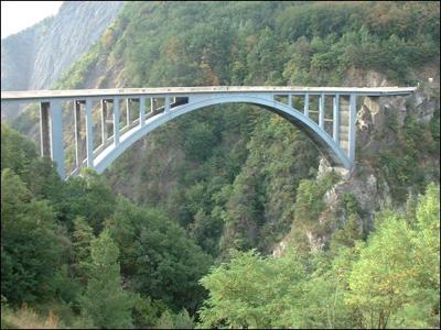 Saut à l'elastique Pont de Ponsonnas