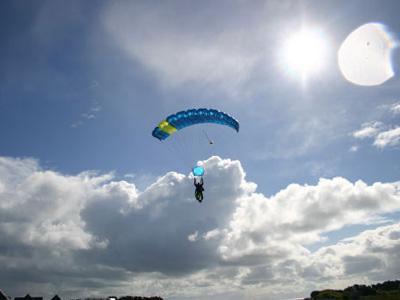 Saut parachute quiberon bapt me parachutisme bretagne - Saut parachute vannes ...