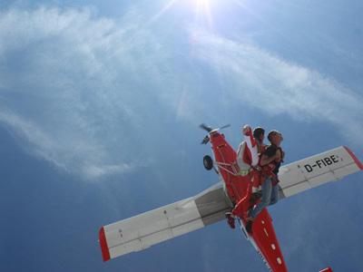Saut en parachute tandem drop zone de nevers ni vre for Saut en parachute salon de provence