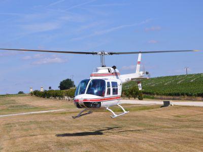 Baptême en Hélicoptère avec Halte dégustation au Château Haut-Piquat