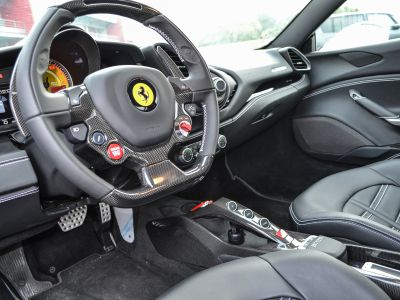 stage pilotage ferrari 488 gtb circuit de la fert gaucher. Black Bedroom Furniture Sets. Home Design Ideas