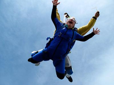 Saut parachute chalon sur sa ne bapt me parachutisme for Saut en parachute salon de provence
